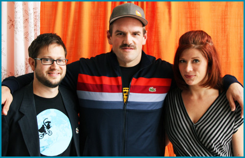 Ethan Suplee with hosts Cole Stratton and Vanessa Ragland